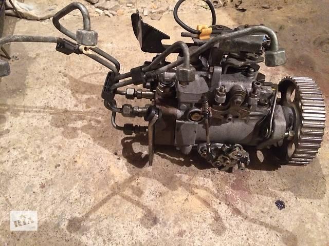 продам Б/у топливный насос высокого давления/трубки/шест для хэтчбека Volkswagen Golf III бу в Львове