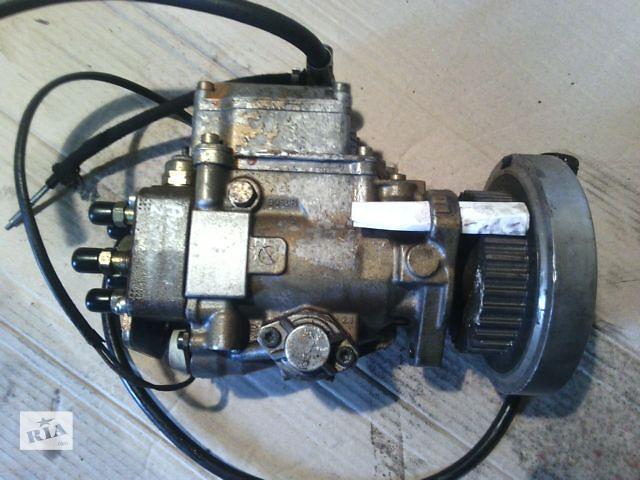 купить бу Б/у топливный насос высокого давления/трубки/шест для легкового авто Audi 100 в Ковеле