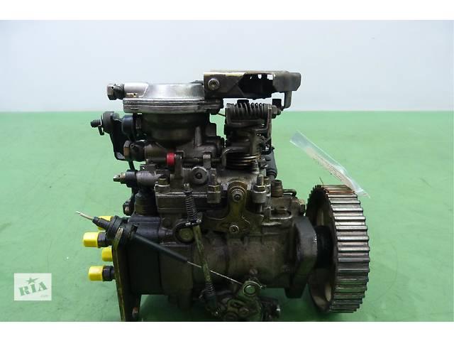 купить бу Б/у топливный насос высокого давления/трубки/шест для легкового авто Audi 80 B4 1,9TD в Яворове