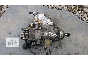 б/у Топливные насосы высокого давления/трубки/шестерни BMW 525