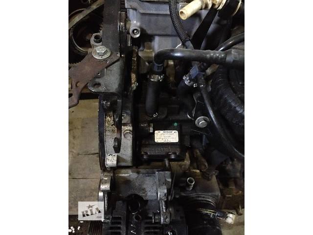купить бу Б/у топливный насос высокого давления/трубки/шест для легкового авто Citroen Jumpy  2.0 HDI BOSCH 0445010021 в Радивилове