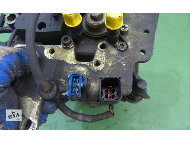 продам Б/у топливный насос высокого давления/трубки/шест для легкового авто Citroen ZX 1,9D бу в Яворове (Львовской обл.)