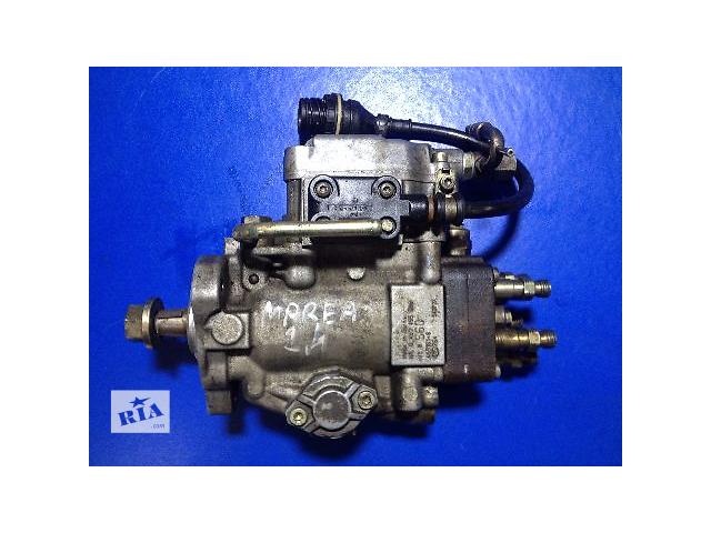 купить бу Б/у топливный насос высокого давления/трубки/шест для легкового авто Fiat Marea 2.4D (0460495998) в Луцке