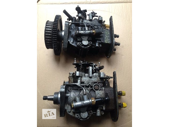купить бу Б/у топливный насос высокого давления/трубки/шест для легкового авто Ford Fiesta 1.6 дизель в Луцке