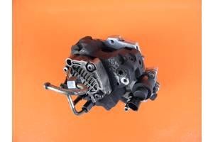 б/у Топливные насосы высокого давления/трубки/шестерни Ford Focus Sedan
