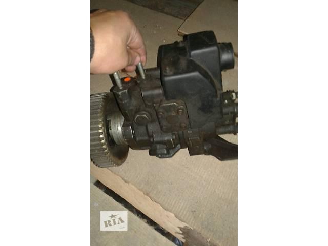 купить бу Б/у топливный насос высокого давления/трубки/шест для легкового авто Ford Transit 2,5 в Ковеле