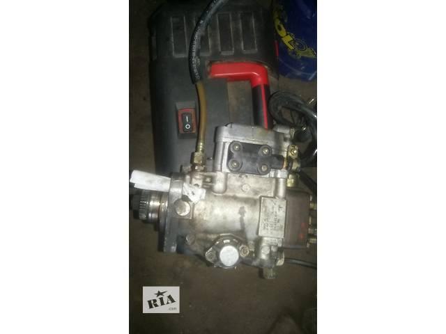 купить бу Б/у топливный насос высокого давления/трубки/шест для легкового авто Mercedes Sprinter 2,9 в Ковеле