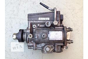 б/у Топливный насос высокого давления/трубки/шест Opel Omega B