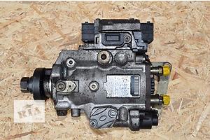 б/у Топливный насос высокого давления/трубки/шест Opel Zafira