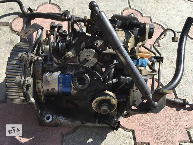 бу Б/у топливный насос высокого давления/трубки/шест для легкового авто Peugeot 306 в Ковеле