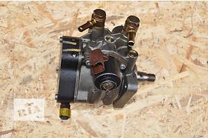 б/у Топливный насос высокого давления/трубки/шест Peugeot Bipper груз.