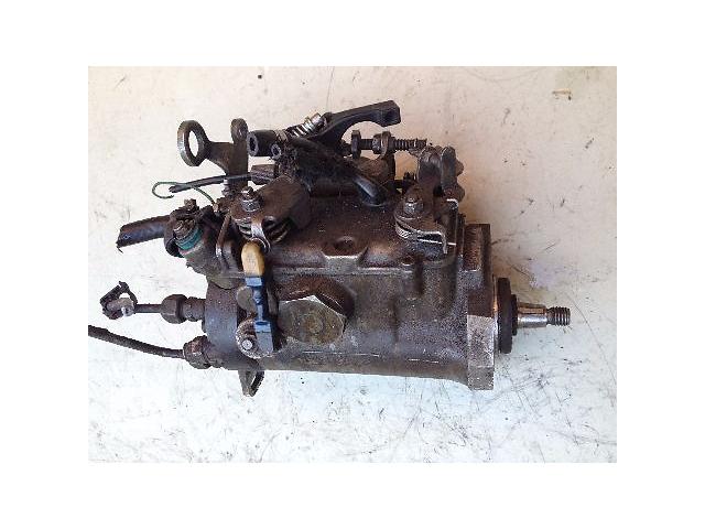 бу Б/у топливный насос высокого давления/трубки/шест для легкового авто Peugeot Partner 1.9D (R8443B958E) в Луцке