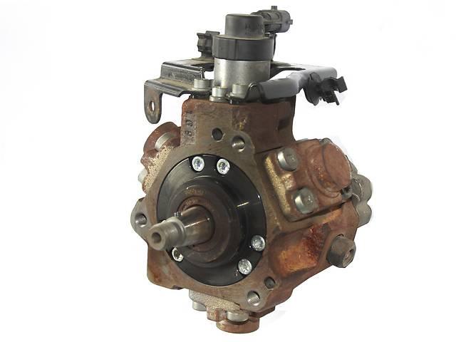 купить бу Б/у топливный насос высокого давления/трубки/шест для легкового авто Peugeot Partner в Ковеле