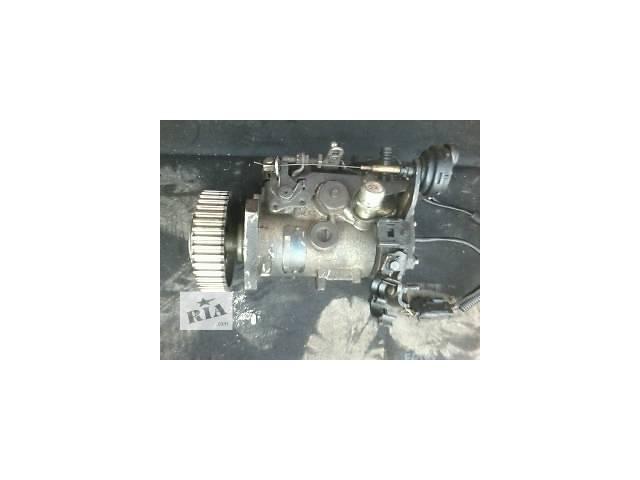 продам Б/у топливный насос высокого давления/трубки/шест для легкового авто Renault Kangoo  1.9D  бу в Луцке