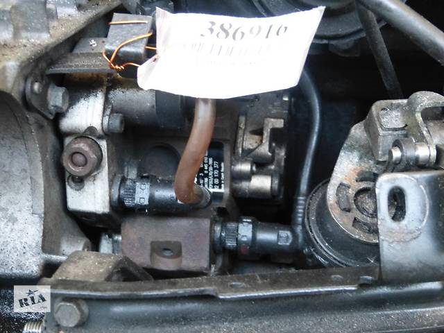 купить бу Б/у топливный насос высокого давления/трубки/шест для легкового авто Renault Laguna II 2,2DCI Bosch 0445010033 в Яворове