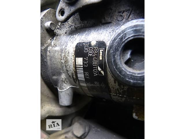 бу Б/у топливный насос высокого давления/трубки/шест для легкового авто Renault Trafic 1,9d в Яворове