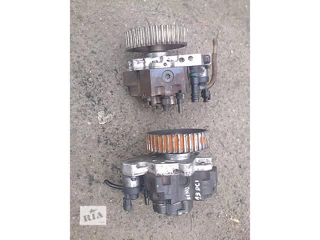 продам Б/у топливный насос высокого давления/трубки/шест для легкового авто Renault Trafic бу в Луцке