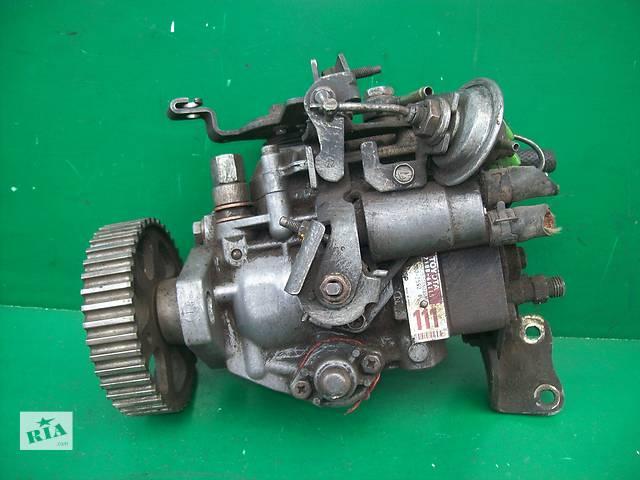 продам Б/у топливный насос высокого давления/трубки/шест для легкового авто Toyota Corona 2C бу в Луцке