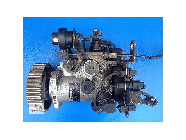 купить бу Б/у топливный насос высокого давления/трубки/шест для легкового авто Toyota Corolla 1.9D 1999-2001 (R8448B382D) в Луцке