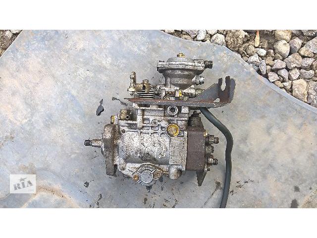 купить бу Б/у топливный насос высокого давления/трубки/шест для легкового авто Volkswagen B2.0460494138. в Тернополе