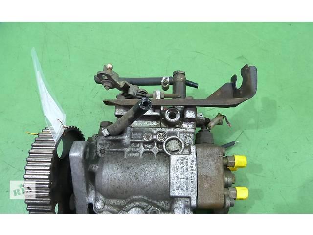 продам Б/у топливный насос высокого давления/трубки/шест для легкового авто Volkswagen Golf II 1,6 бу в Яворове