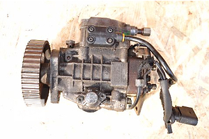 б/у Топливные насосы высокого давления/трубки/шестерни Volkswagen Golf IV