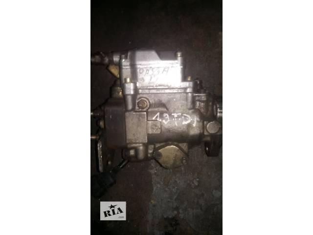 купить бу Б/у топливный насос высокого давления/трубки/шест для легкового авто Volkswagen Passat B4 в Ковеле