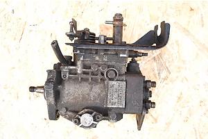 б/у Топливные насосы высокого давления/трубки/шестерни Volkswagen T3 (Transporter)
