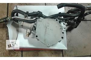 б/у Топливный насос высокого давления/трубки/шест Skoda Octavia A5
