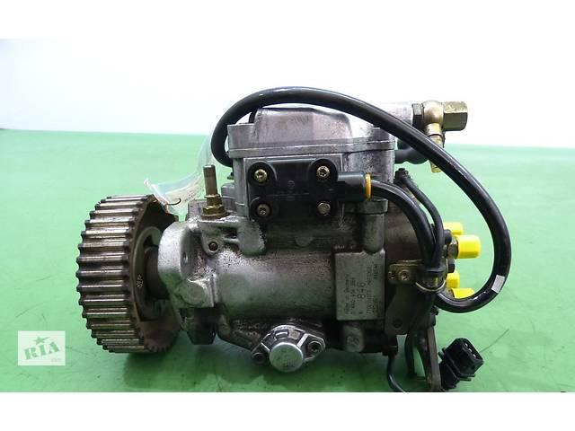 купить бу Б/у топливный насос высокого давления/трубки/шест для легкового авто Volvo S40 1,9DTI в Яворове