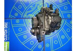 б/у Топливные насосы высокого давления/трубки/шестерни Mitsubishi Canter