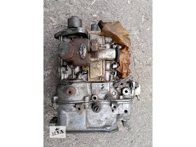 продам Б/у топливный насос высокого давления/трубки/шест для седана Mercedes 123 бу в Николаеве