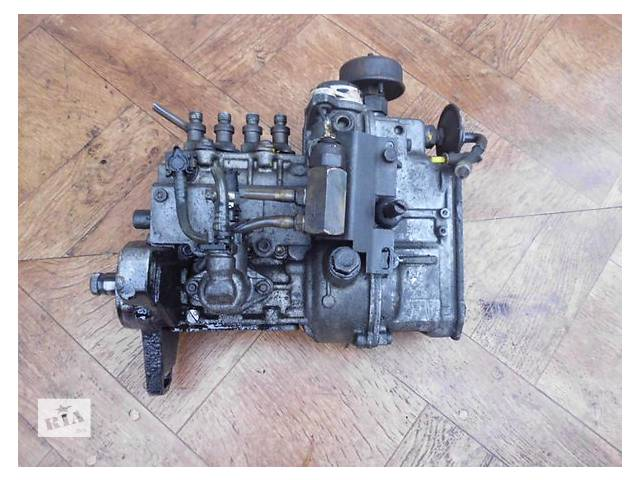 купить бу Б/у топливний насос високого тиску/трубки/шестерн для легкового авто Mercedes 809 4.0 d в Ужгороде