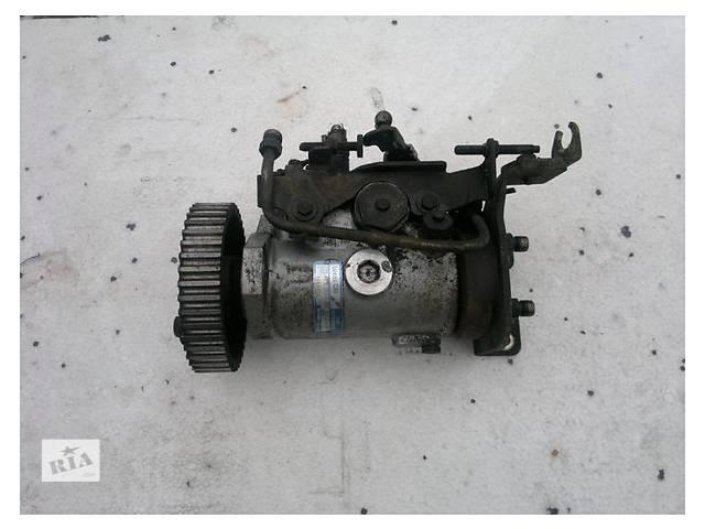 продам Б/у топливний насос високого тиску/трубки/шестерн для легкового авто Mercedes 809 4.0 td бу в Ужгороде