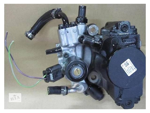 бу Б/у топливний насос високого тиску/трубки/шестерн для легкового авто Mercedes C-Class 2.5 td в Ужгороде