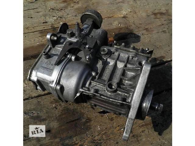 бу Б/у топливний насос високого тиску/трубки/шестерн для легкового авто Mercedes Sprinter 208 2.3 d в Ужгороде