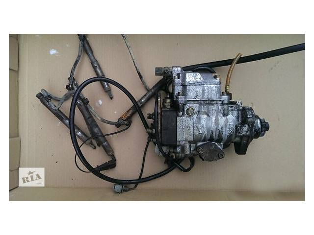 купить бу Б/у топливний насос високого тиску/трубки/шестерн для легкового авто Mercedes Sprinter 210 2.9 d в Ужгороде