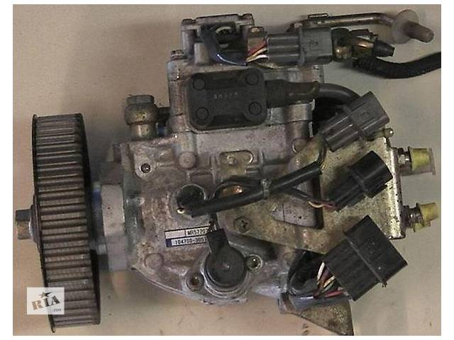 бу Б/у топливний насос високого тиску/трубки/шестерн для легкового авто Mitsubishi Pajero Sport 2.5 td в Ужгороде