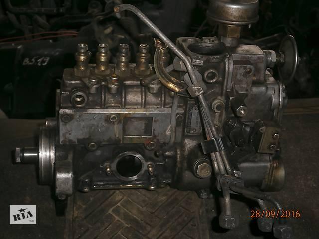 Б/у топливний насос высокого давления/трубки/шестерн для микроавтобуса Mercedes 608- объявление о продаже  в Львове