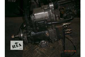 б/у Топливний насос високого тиску/трубки/шестерн Mercedes Sprinter 208