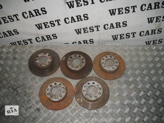 купить бу Б/у тормозной диск для легкового авто Volkswagen Caddy 2006 в Луцке