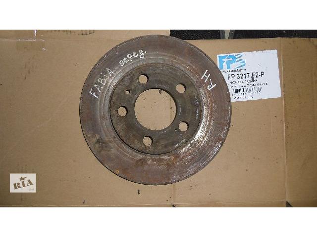 купить бу Б/у тормозной диск передний правий  для легкового авто Skoda Fabia 2008 в Коломые