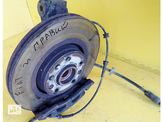 купить бу Б/у тормозной диск Пежо Эксперт Експерт Peugeot Expert 2,0 /1,6 с  2007- в Ровно