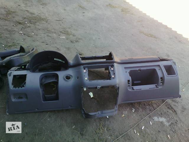 Б/у торпеда Mercedes Vit0 639- объявление о продаже  в Маневичах