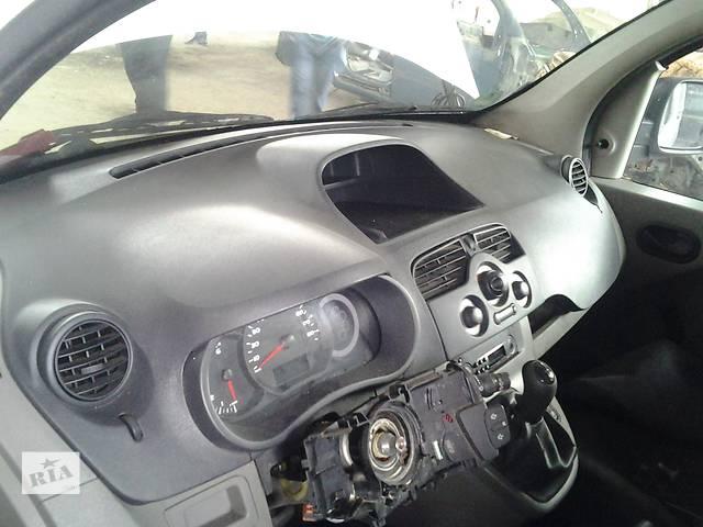 купить бу Б/у Торпеда Торпедо всборе + усилитель Renault Kangoo Кенго 1,5 DCI К9К B802, N764 2008-2012 в Рожище