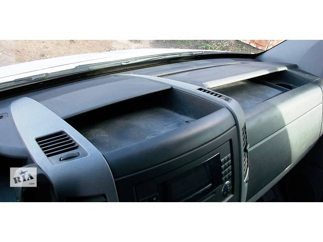 купить бу Б/у Торпеда + усилитель Volkswagen Crafter Фольксваген Крафтер 2.5 TDI 2006-2010 в Рожище