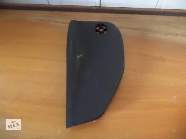 купить бу Б/у торпедо/накладка боковая левая 84731-3E000 для кроссовера Kia Sorento 2005г в Киеве