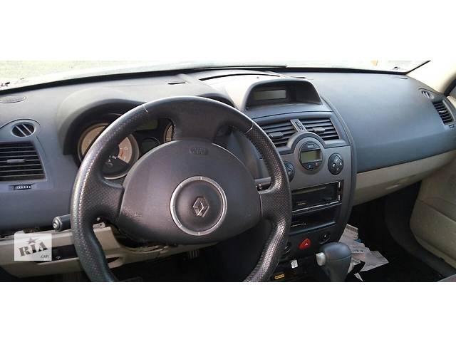 Б/у торпедо/накладка для хэтчбека Renault Megane Hatchback 5D 2006г- объявление о продаже  в Киеве