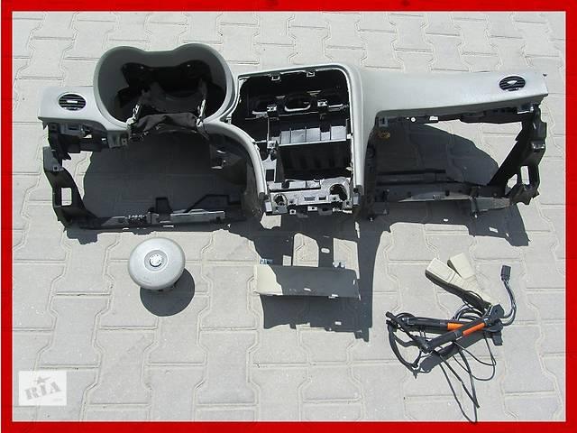 бу Б/у торпедо/накладка для легкового авто Alfa Romeo 159 в Ровно
