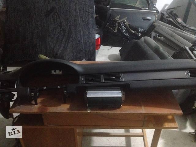 бу Б/у торпедо/накладка для легкового авто Audi A6 в Золочеве (Львовской обл.)